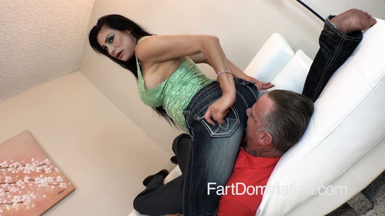 [FARTDOM] Sheila Marie 3 [HD][720p][MP4]