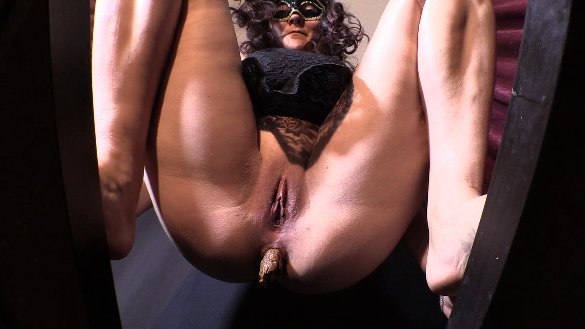 [YEZZCLIPS / SHIT FROM THE GODDESS DIANA] Mistress Diana scat spitting POV. Featuring: Goddess Diana [FULL HD][1080p][MP4]