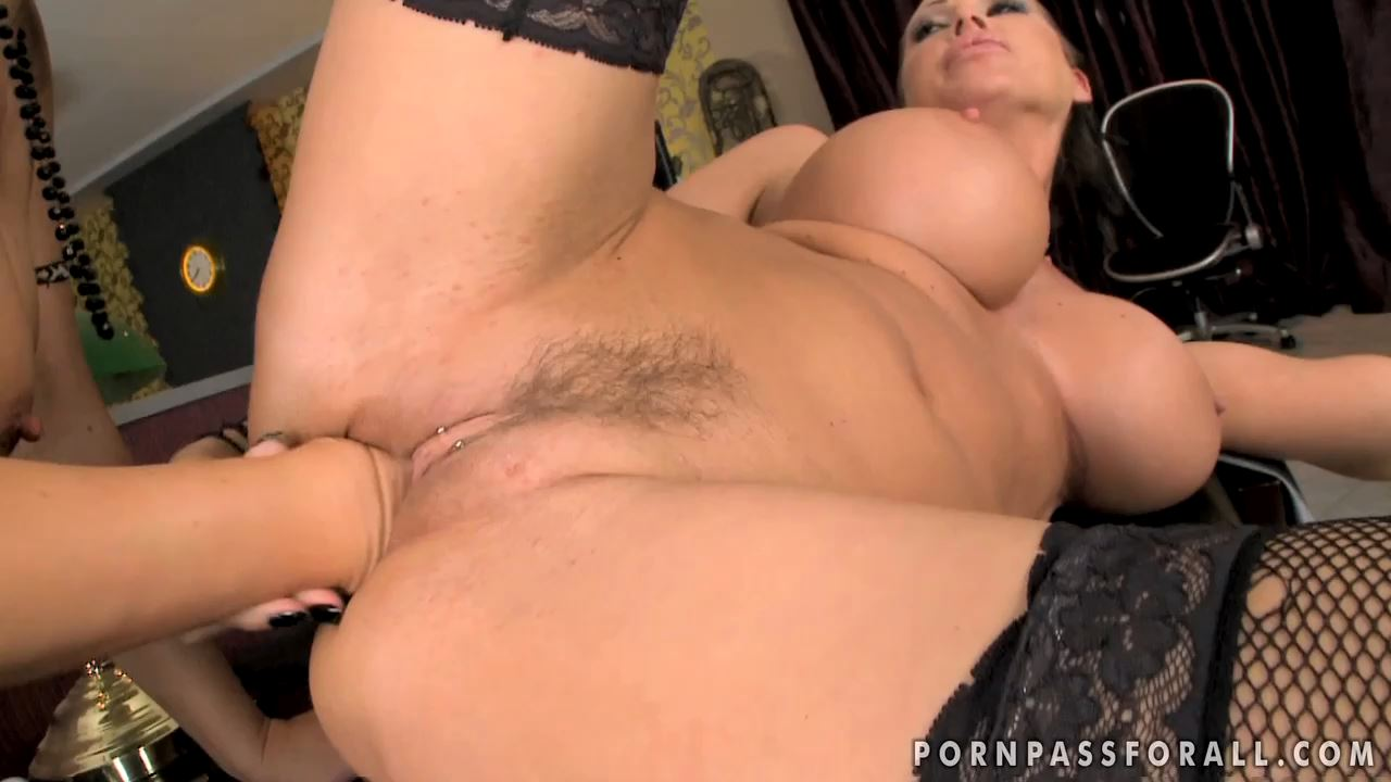 [PORNPASSFORALL] Mandy Bright, Maria Bellucci Dirty Secrets [HD][720p][MP4]