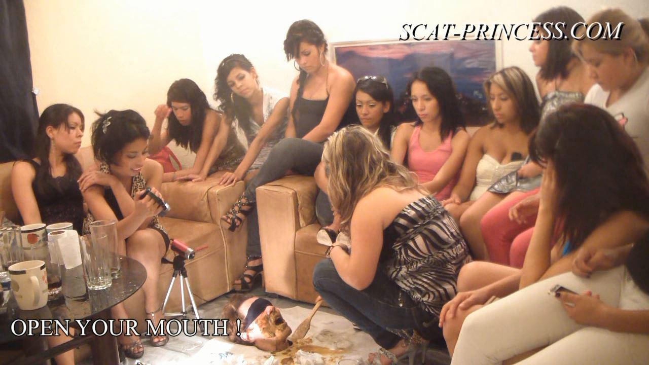 [SCAT-PRINCESS] 14 Girls and a Floor Level Toilet Slave Part 5 Ashley [HD][720p][WMV]
