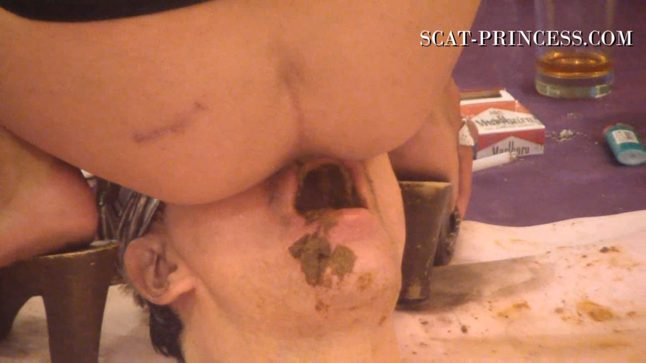 [SCAT-PRINCESS] How many Girls can a Toilet Slave take Part 05 Andrea [HD][720p][WMV]