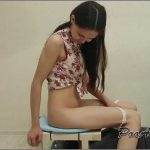 [SCAT FEMDOM MEDLEY] Alina pooping in the mouth her friend [LQ][360p][MP4]