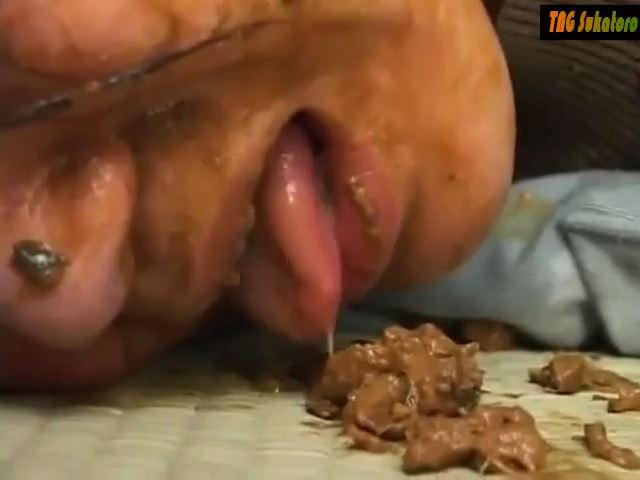 [SCAT FEMDOM MEDLEY] Asian girl shit in the mouth of his slave [SD][480p][MP4]