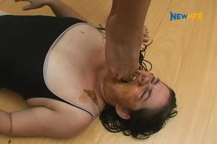[NEW SCAT IN BRAZIL / NEWMFX] THE LESBIAN MAID. Featuring: Claudia F., Maria [SD][480p][MP4]