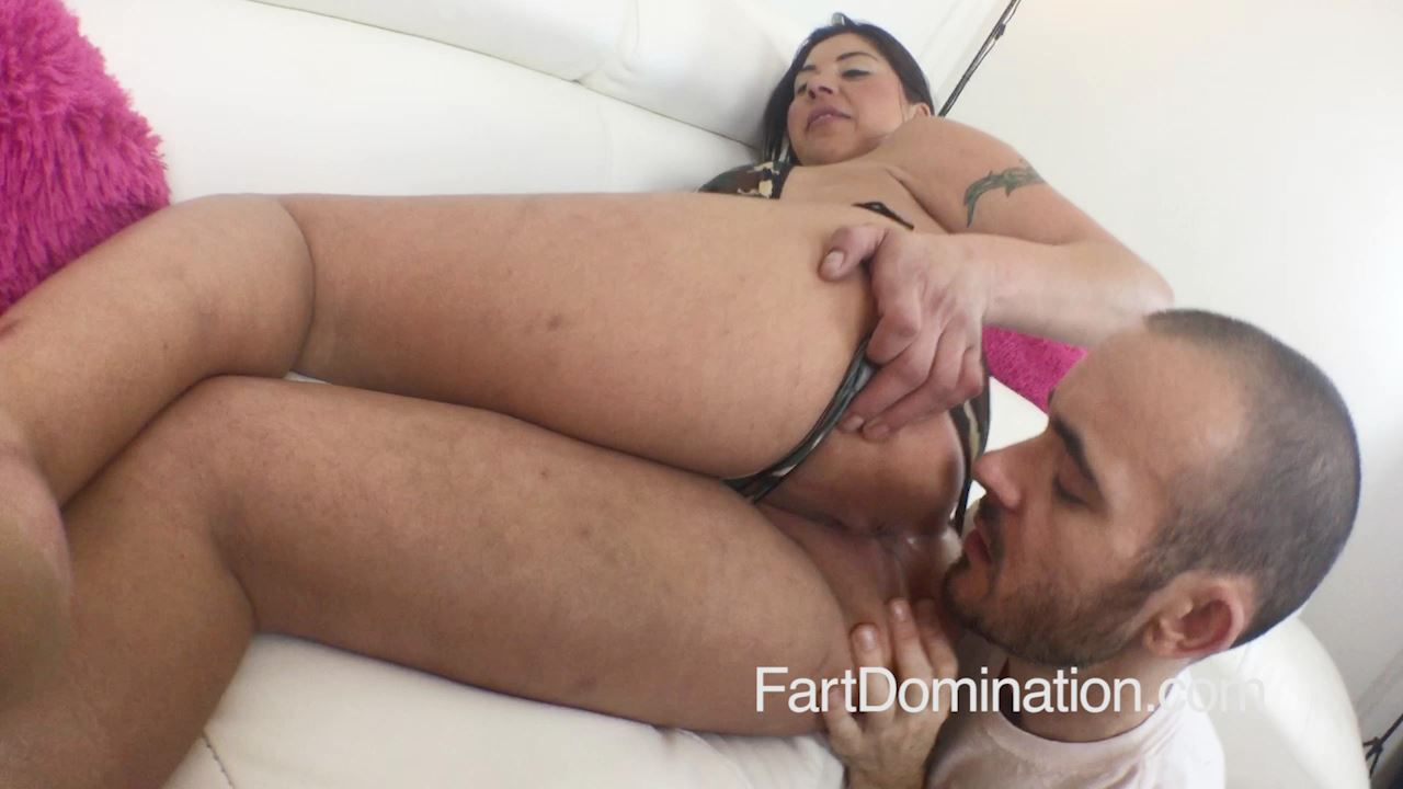 [FARTDOM] Candi Coxx 6. Tags: femdom, female domination, fart domination, toilet fetish, Brunettes, Face Farting, Fart Eating, Fart Licking, White Girls [HD][720p][MP4]