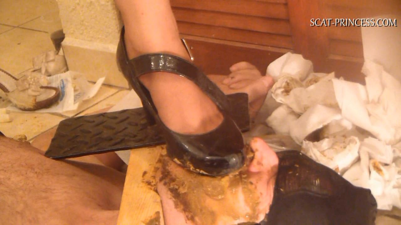 [DOM-PRINCESS] Toilet Slave in old Style Restrains Part 7 ST [HD][720p][WMV]