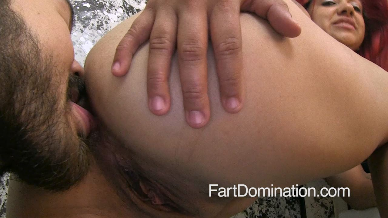 [FARTDOM] Paris Marie 15 [HD][720p][MP4]