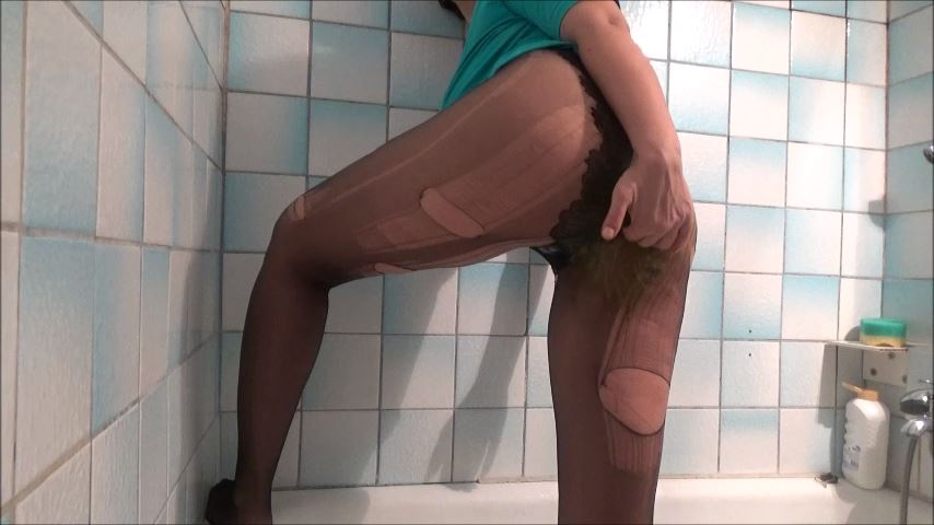 [MISTRESS ROBERTA]Broken Pantyhose In Breakfast Pov [SD][480p][MP4]
