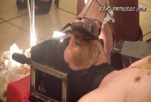 [DOM-PRINCESS] Toilet Slave rolling under the Table Part 5 Valery [SD][432p][WMV]