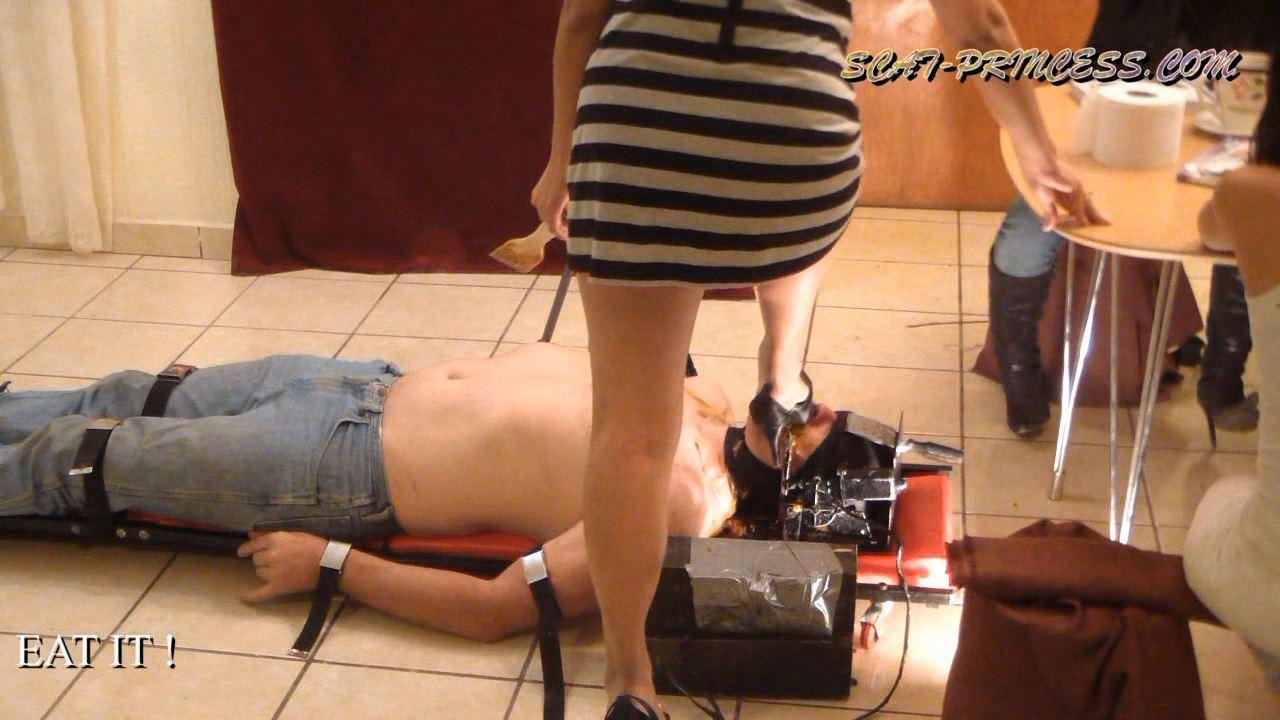 [DOM-PRINCESS] Toilet Slave rolling under the Table Part 2 Diana [HD][720p][WMV]